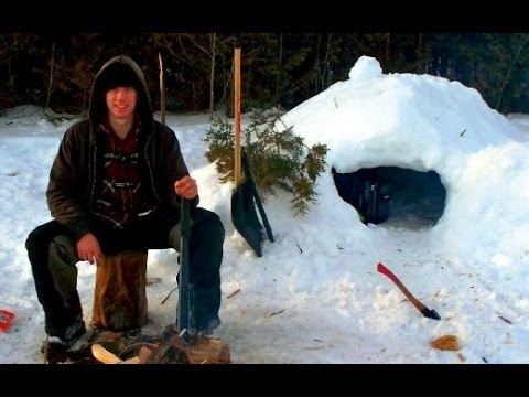 Survival- How to Build a Quinzee / Snow Hut