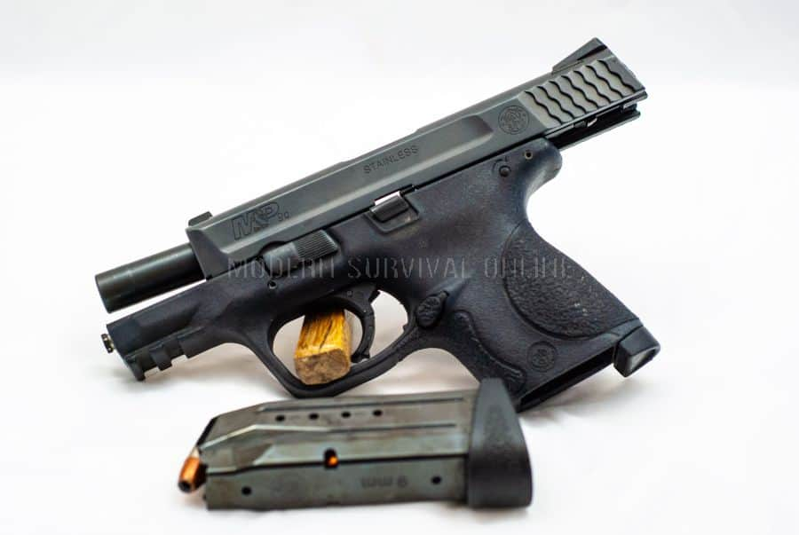 S&W M&P 9 compact