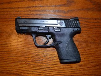 M&P9c with manual safety