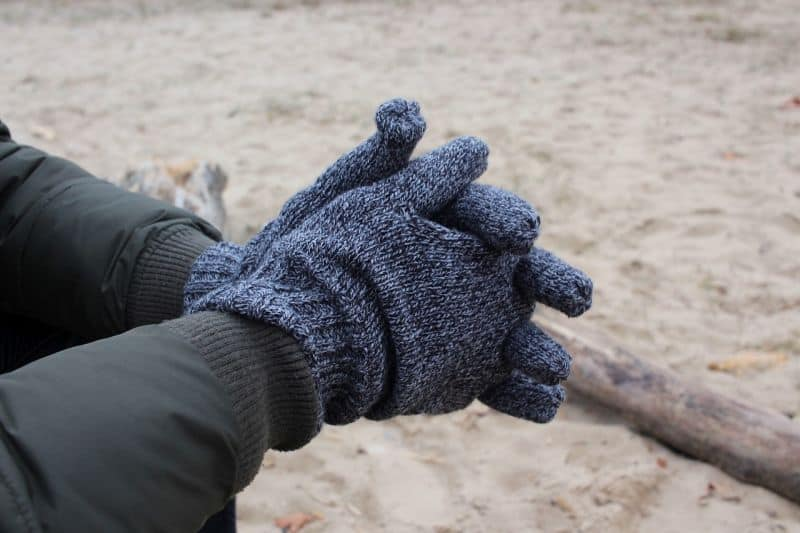 thick wool gloves