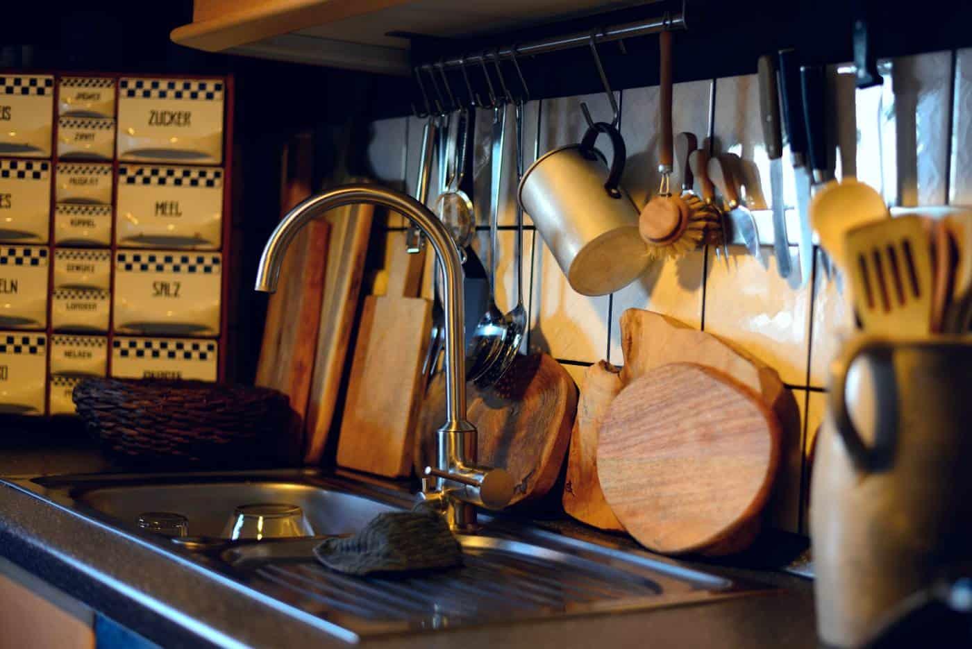 manual kitchen tools